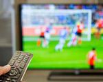 match de foot à la télévision