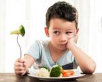 enfant et brocolis